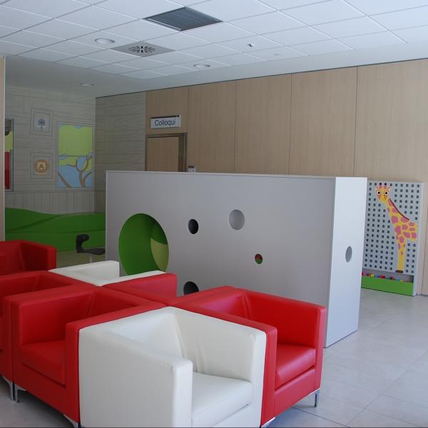 Arredi sala d'attesa bimbi - Gastroenterologia ed Endoscopia digestiva del CORE  | Reggio Emilia